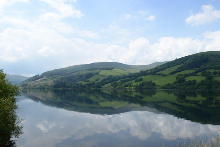Blick über das Talybont Reservoir