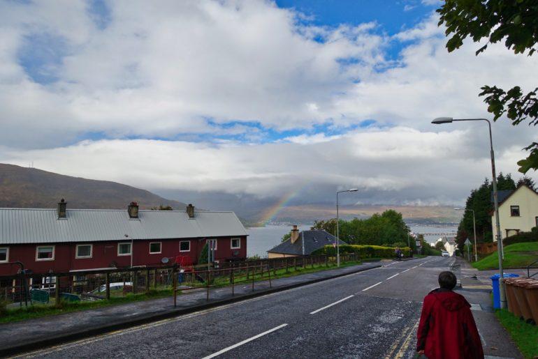 Fort William begrüßt uns mit einem Regenbogen