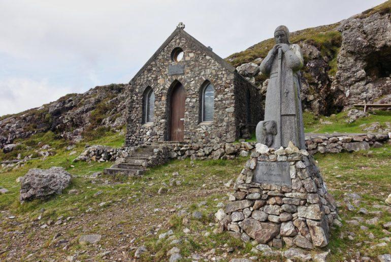 Kapelle auf dem Maumeen Pass